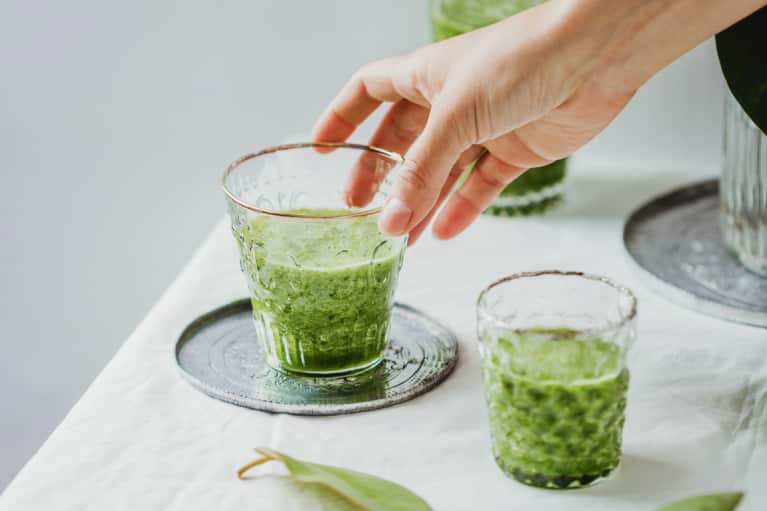 Green Smoothie with Hand