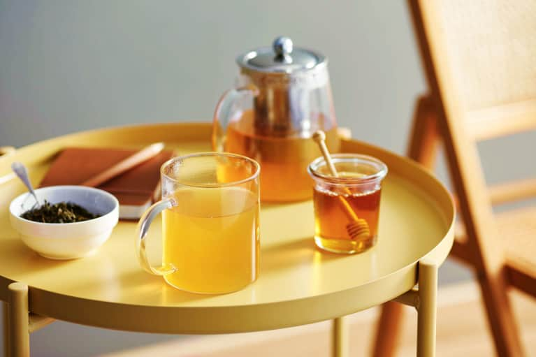 5 Reasons THIS Type Of Honey Deserves A Spot In Your Pantry, Medicine Cabinet & Beauty Routine