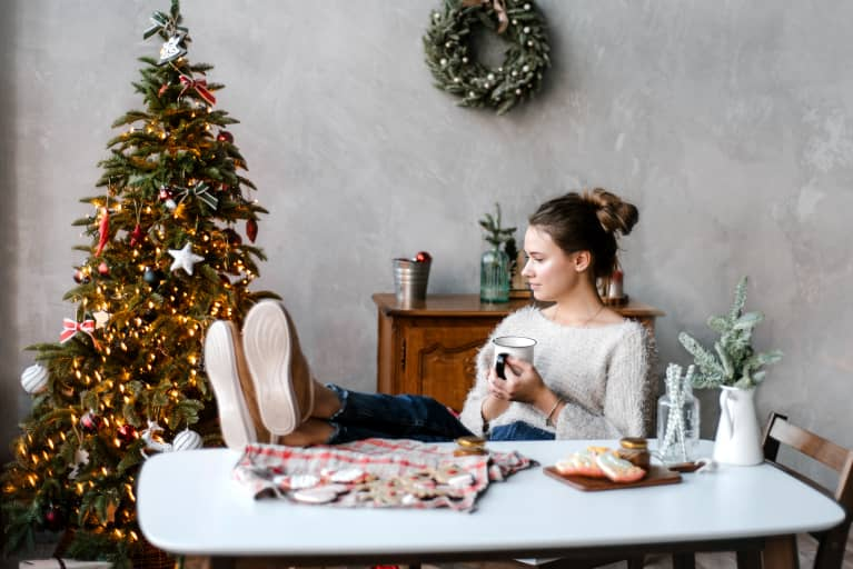 How To Have A Calm & Relaxing Holiday Season Staycation