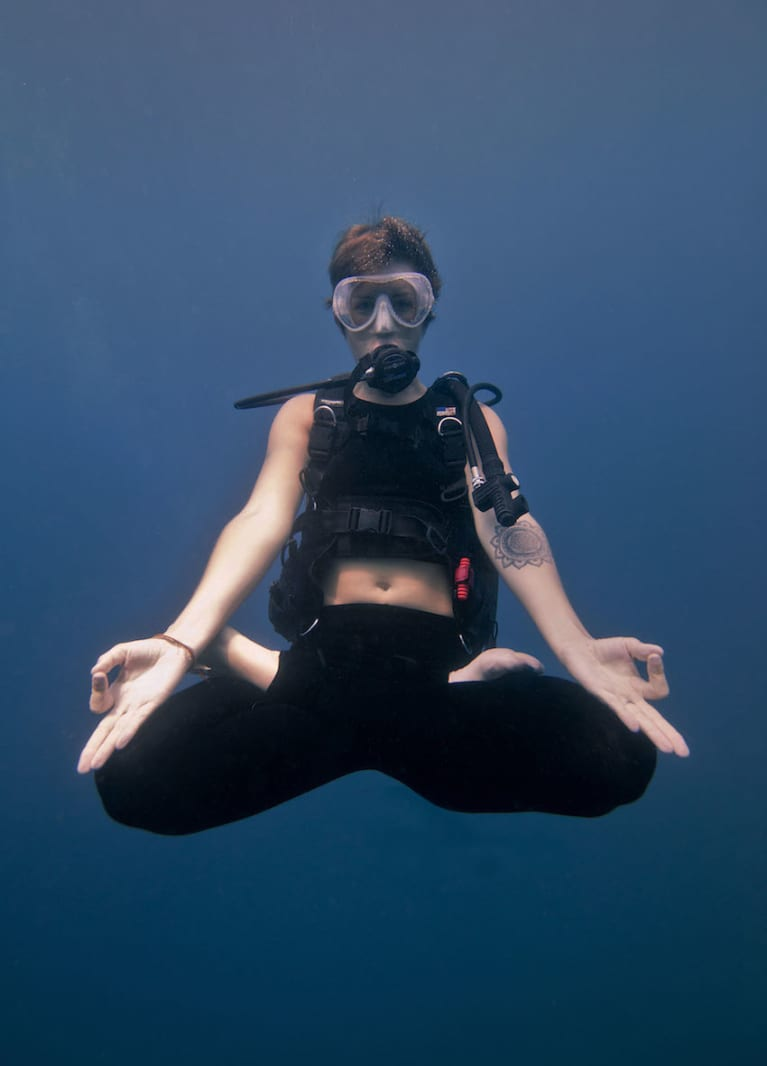 Here's What Yoga Diving In Bali Looks Like