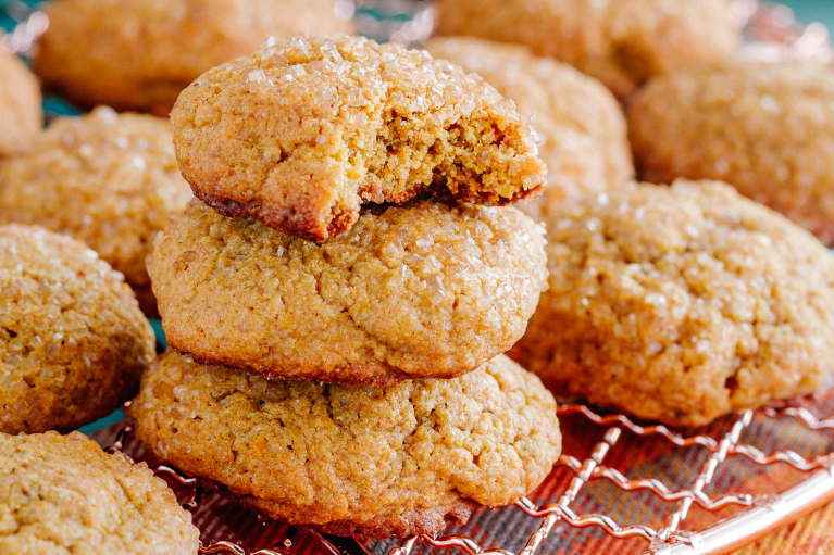 An RD's Healthy Pumpkin Spice Cookie Recipe With Bonus Antioxidants