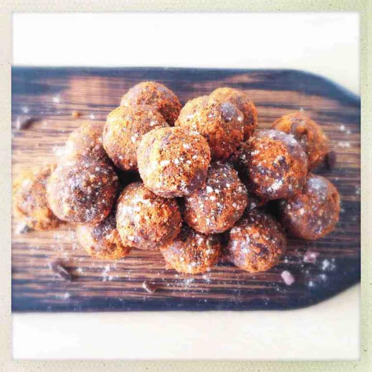 Almond Butter Chocolate Protein Balls