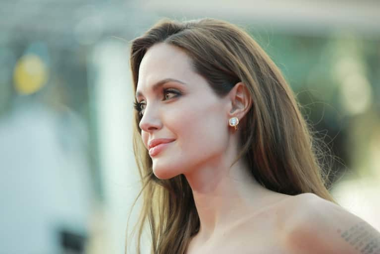 Angelina Jolie Pitt Explains Her Decision To Remove Her Ovaries