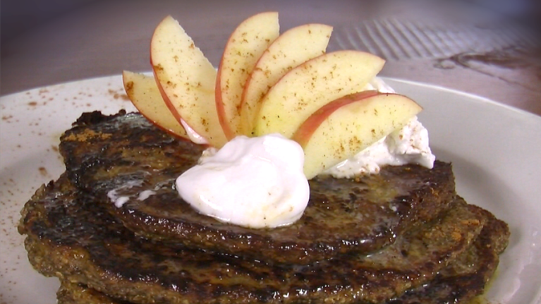 Apple Cinnamon Chia Pancakes (Gluten-Free Recipe)