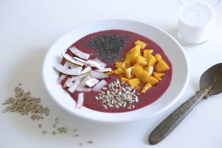 A Detoxifying Breakfast Bowl