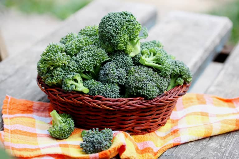 Veggie Showdown: Kale Vs. Broccoli
