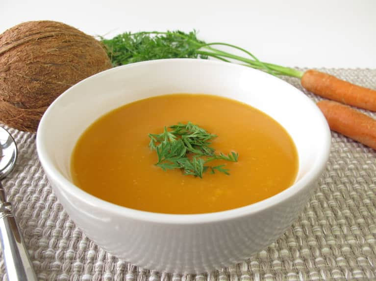 Perfect Weekday Dinner: Curried Carrot Coconut Soup