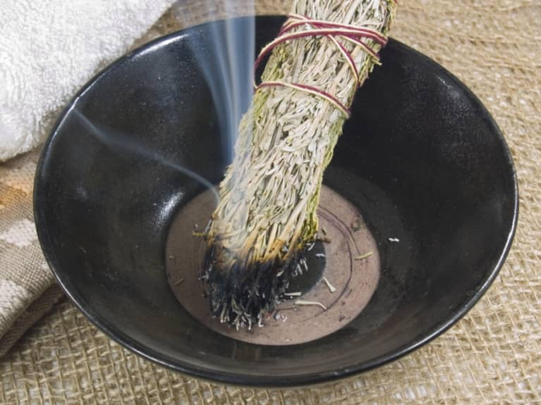 Ceremonial Smudging: An Ancient Practice To Rejuvenate Your Energy