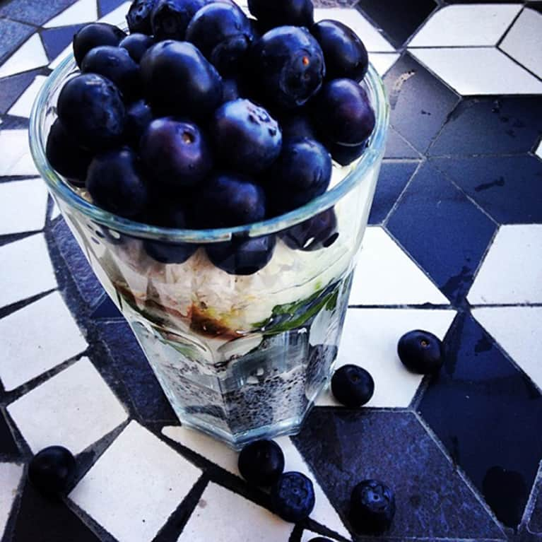 Perfect Weekday Breakfast: Coconut, Chia & Blueberry Parfait