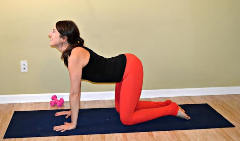 10-Minute Core Sequence For A Digestive Detox