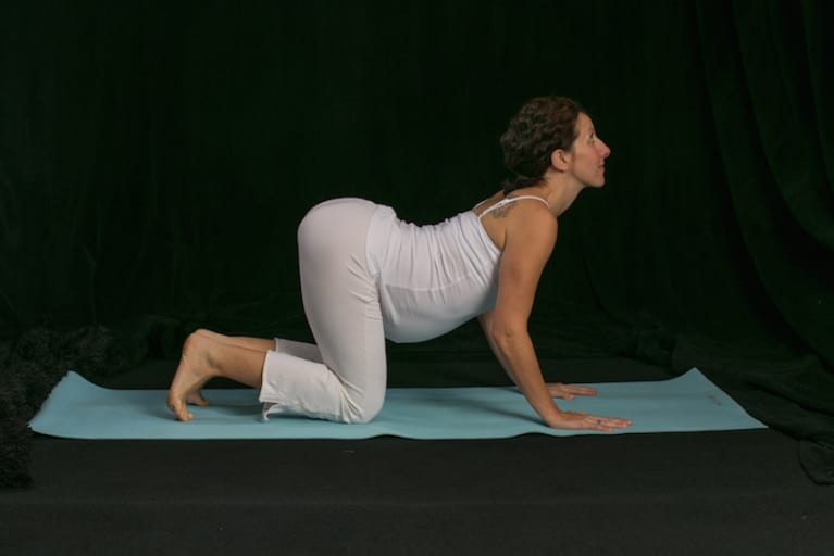 5 Prenatal Yoga Moves Every Mama-To-Be Should Try