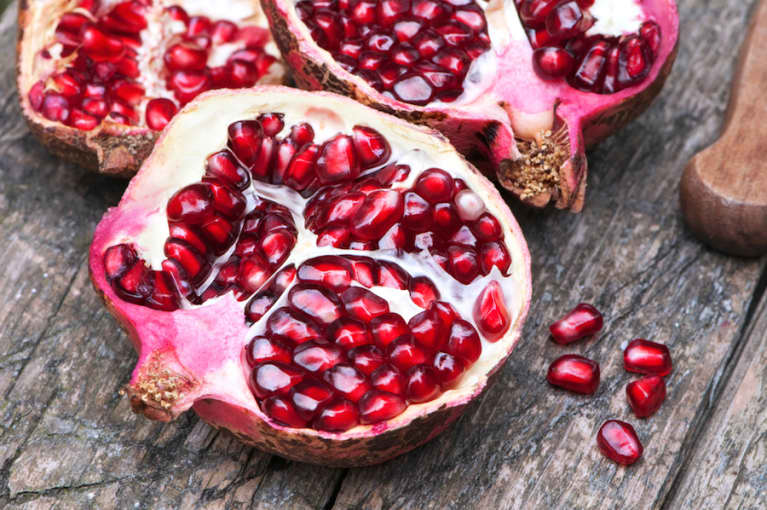 3 Juice Recipes To Help You Enjoy Heart-Healthy Pomegranate