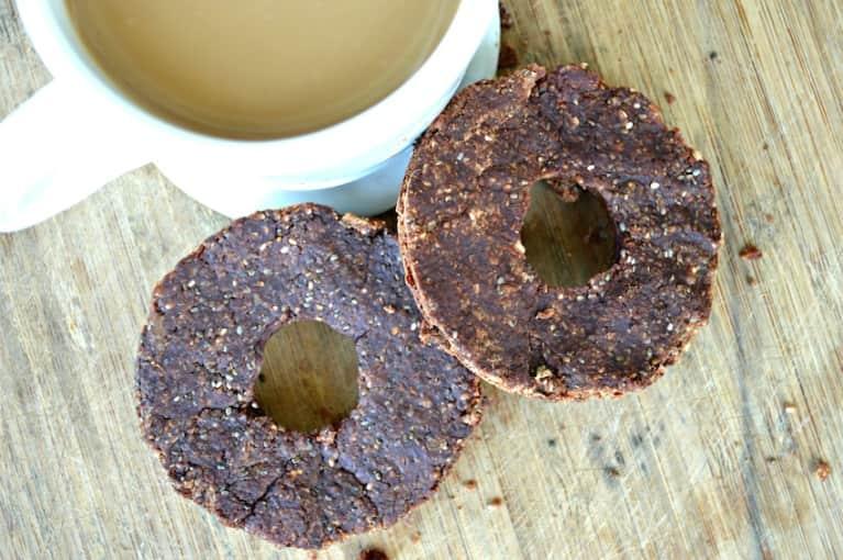 """A No-Bake Chocolate """"Doughnut"""" That's Actually Healthy!"""