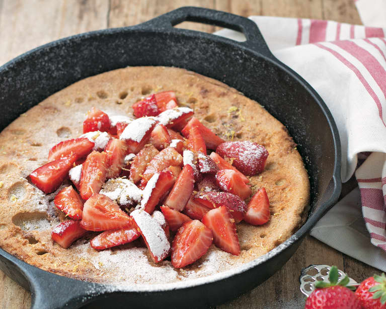 Gluten-Free Breakfast Idea: Dutch Baby Pancake + Strawberries