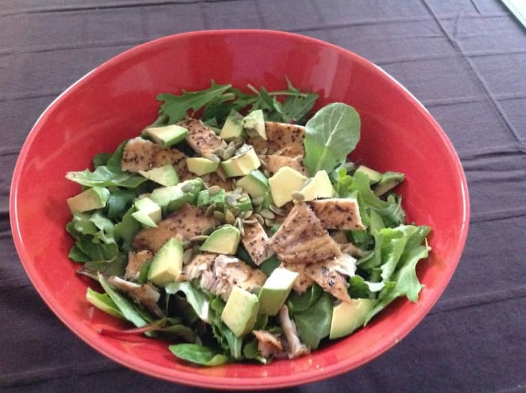 Easy Summer Salad That's Loaded With Healthy Fats