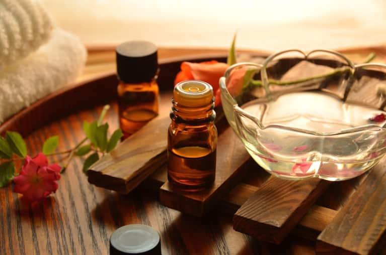 7 Essential Oils To Balance Your Chakras