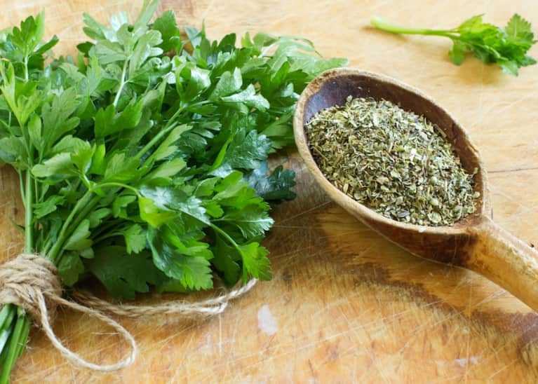 How Parsley Tea Cleared Up My Skin