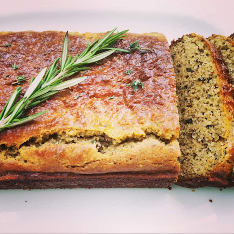 Gluten-Free Bread With Rosemary & Thyme