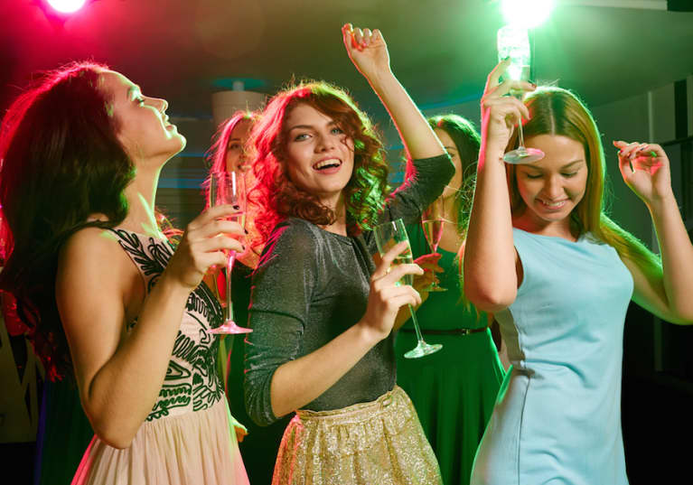 7 Tips To Stay Healthy While You Party