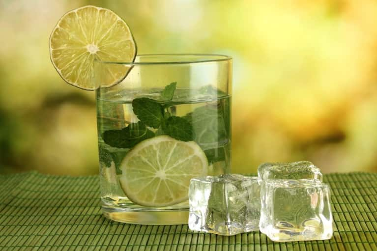 5 Easy Ways To Drink Enough Water