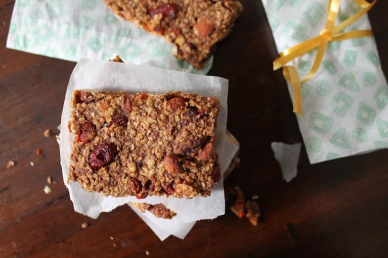 Gluten-Free Recipe: Chewy Goji Berry Bars