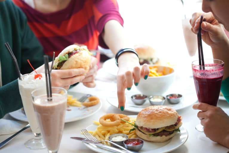What To Do If You're Trapped In A Vicious Junk Food Cycle