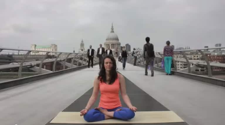 Check Out This Woman Doing Yoga On London's Millennium Bridge