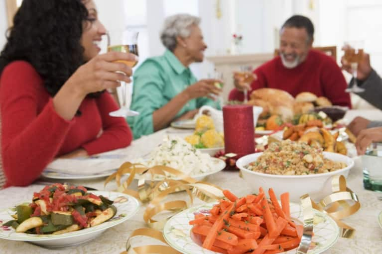 5 Tips To Make Sure You're Eating Mindfully This Holiday Season