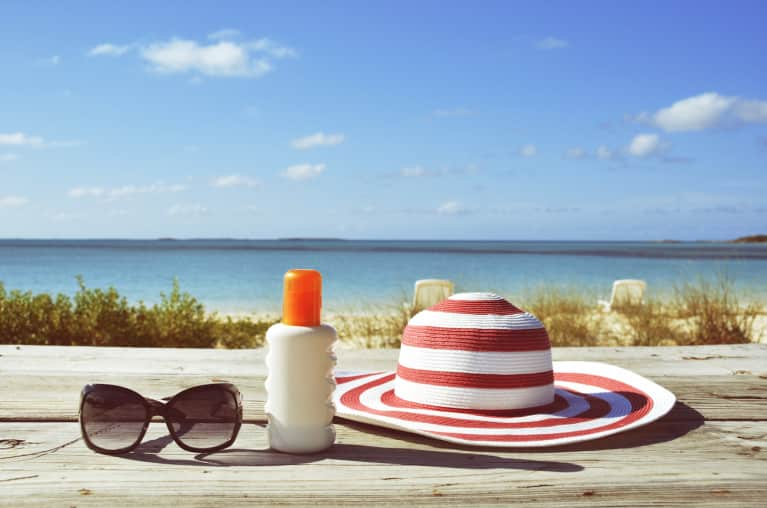 Choose A Nontoxic Sunscreen: 3 Things To Look For & 3 To Avoid