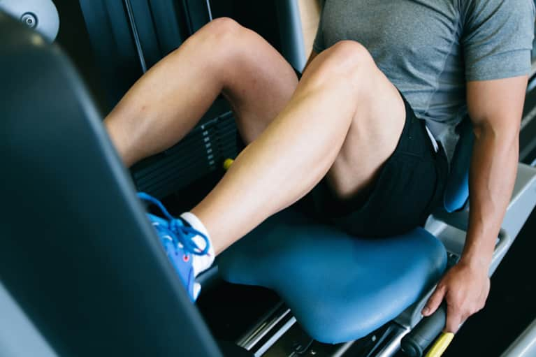 Why Your Knees Hurt During A Workout + What To Do About It