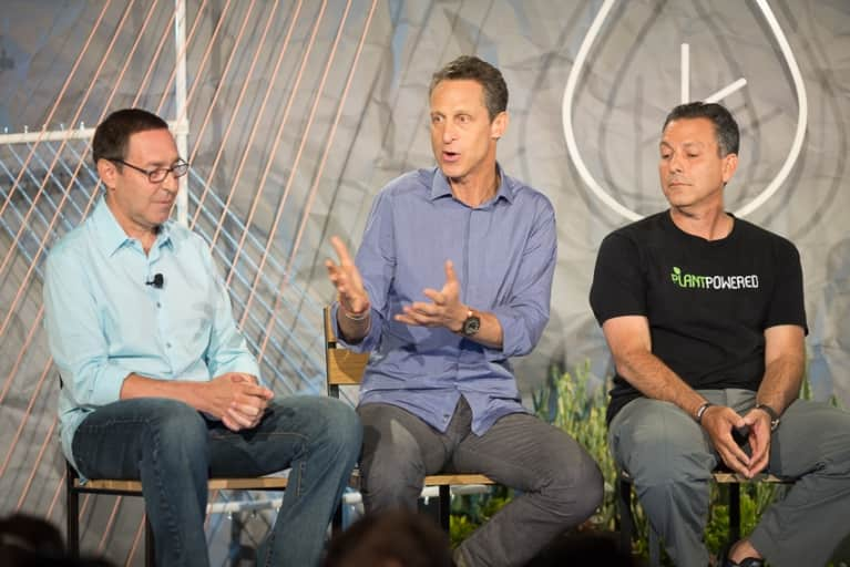 Is It Better To Eat Paleo Or Vegan? Dr. Mark Hyman Explains