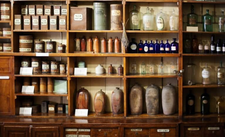 DIY Inspo: How To Stock Your Own Herbal Medicine Cabinet