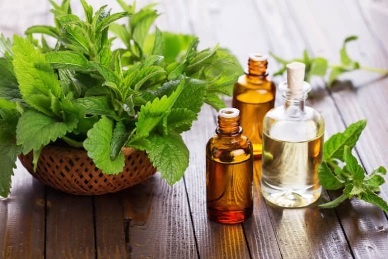 3 Healing Essential Oils That Belong In Every Medicine Cabinet