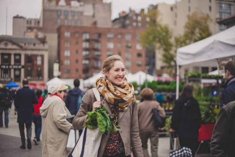 How To Buy A Week's Worth Of Groceries For $40 At The Farmer's Market