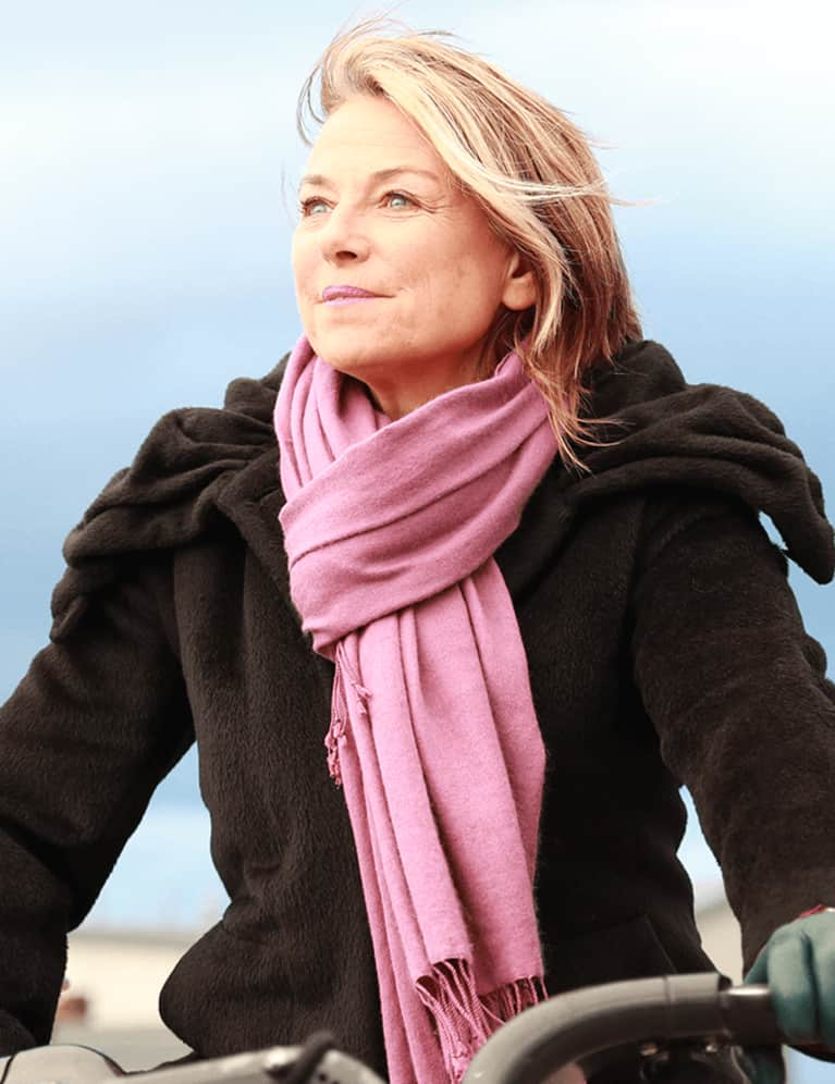The Essential Guide To Effective Communication in Your Relationship With Esther Perel
