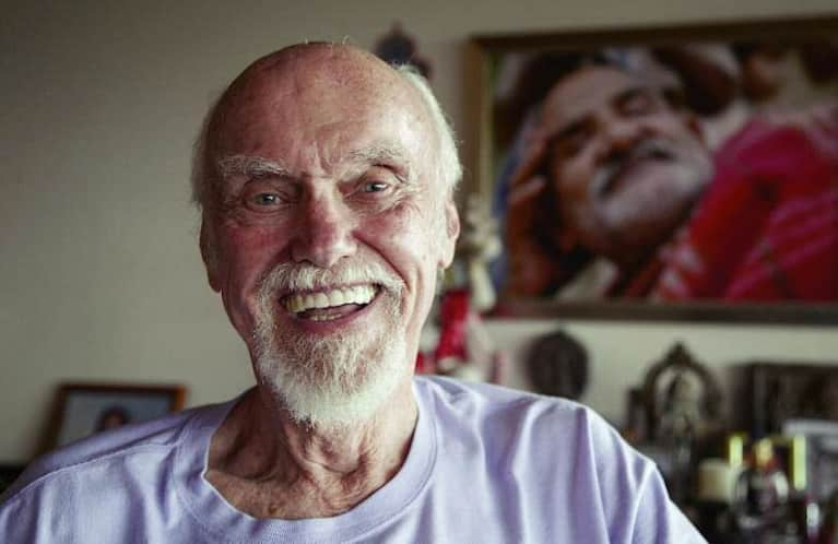 10 Inspirational Quotes Of Buddhist Wisdom From Ram Dass & Friends