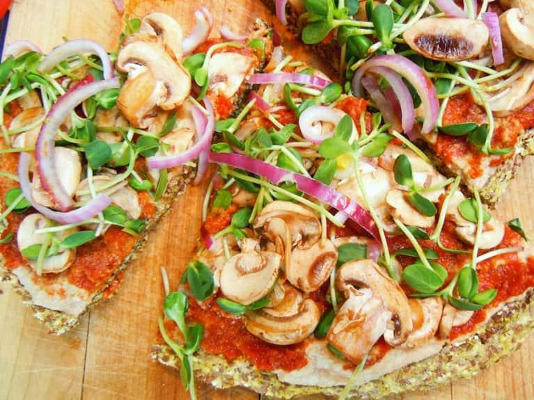 Raw Vegan Pizza!