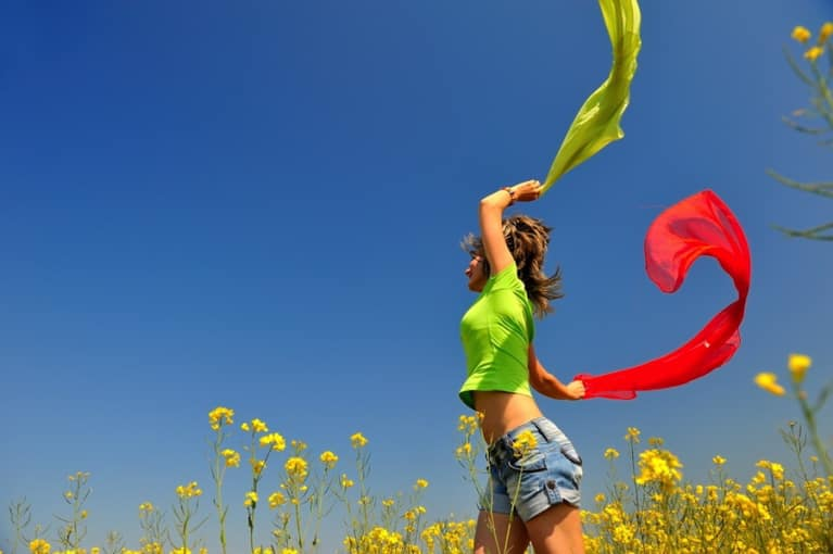 20 Ways To Be Happy Without Spending A Dime
