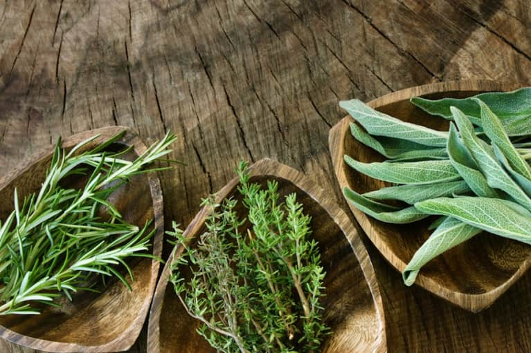 6 Healing Spices That Should Be In Every Kitchen