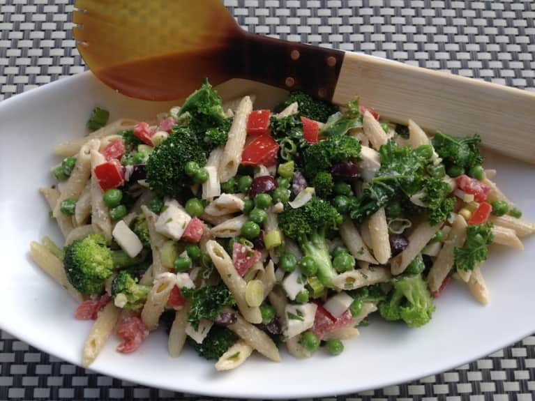 Pasta Salad With Basil & Kale (Everyone Will Love It!)