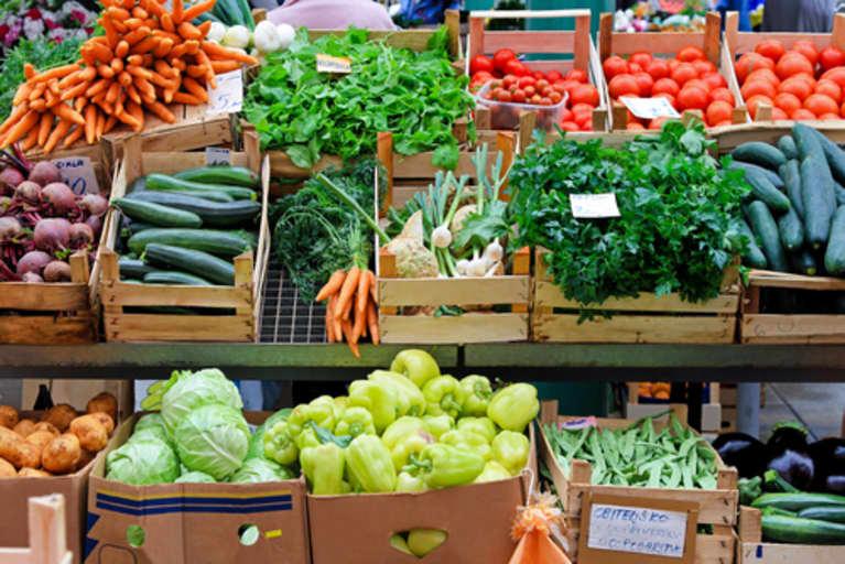 8 Dietary Choices That Can Help You Manage Rheumatoid Arthritis