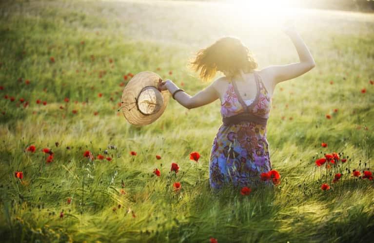 6 Simple Ways To Get Happy NOW