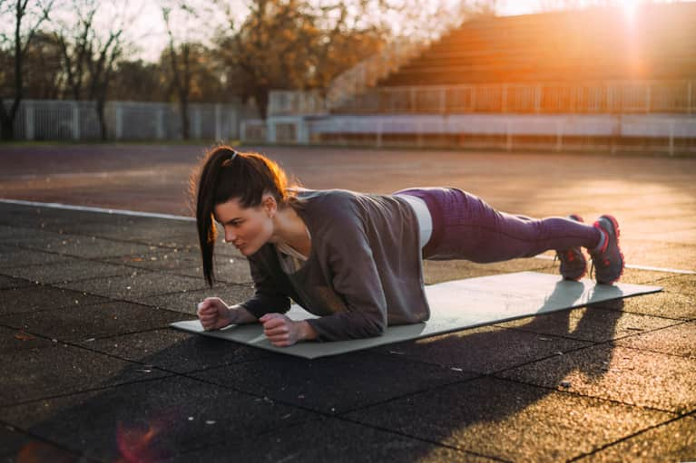 5 Reasons To Do Planks Every Day