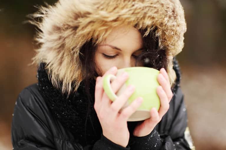7 Pleasurable Eating Practices To Avoid Seasonal Weight Gain