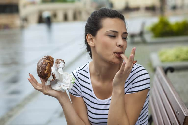 11 Signs You Have A Healthy Relationship With Food