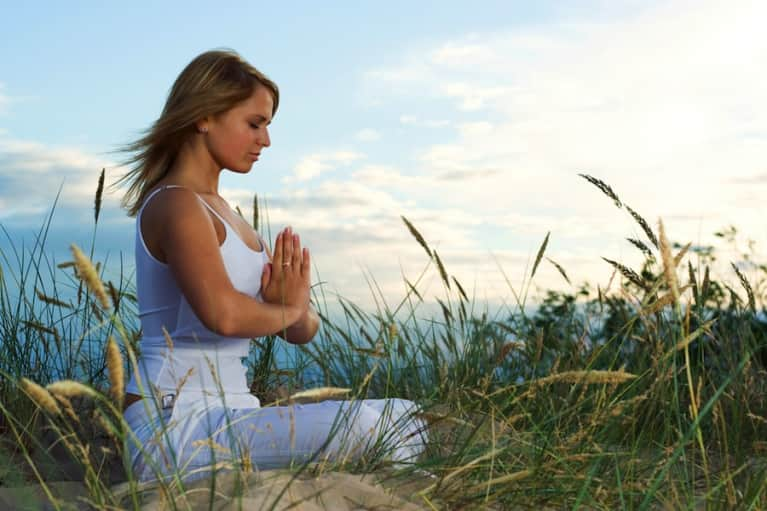 5 Easy Tips To Meditate (Even If You're Busy!)