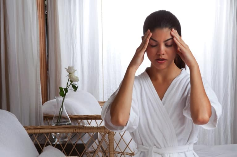 The 1-Minute Stress-Busting Eye Massage (Video)