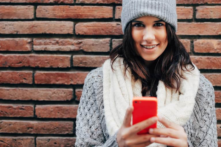 8 Steps To Check In With Yourself Before You Check Social Media