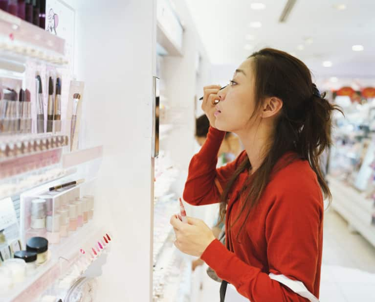 3 Easy Ways To Find Clean Cosmetics