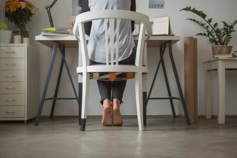 3 Easy Steps To Keep Your Office Chair From Killing You (Video)